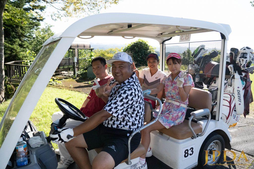 スクランブルゴルフへ出発